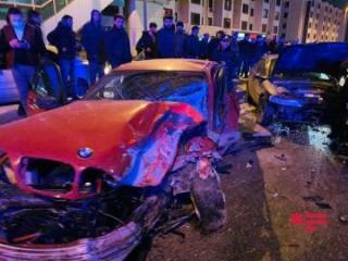 В Баку произошла цепная авария, есть пострадавшие - [color=red]ФОТО[/color] - [color=red]ОБНОВЛЕНО[/color] - [color=red]VİDEO[/color]