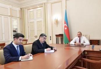 Президент Ильхам Алиев принял глав ИВ Гаджигабульского района и Нафталана