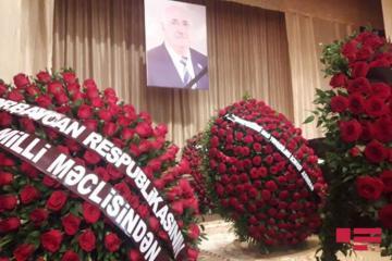Milli Məclisin deputatı Yevda Abramovla vida mərasimi başa çatıb  - [color=red]FOTOSESSİYA[/color]