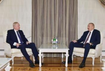 Azerbaijani President receives BP CEO
