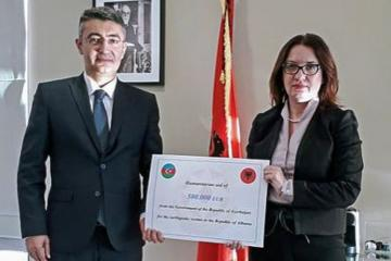 Azerbaijani humanitarian aid officially presented to Albania