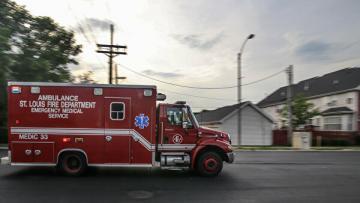 В США фургон въехал в магазин, пострадали 11 человек