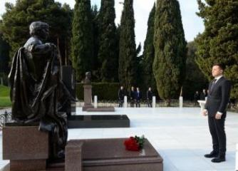 Volodymyr Zelensky visited the Alley of Honor