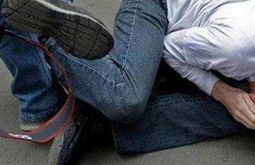 В Баку четверо незнакомцев жестоко избили 40-летнего мужчину