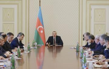Президент Ильхам Алиев: Должны быть застрахованы торговые объекты