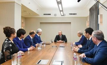 Ильхам Алиев встретился с руководителями азербайджанских диаспорских организаций в Санкт-Петербурге
