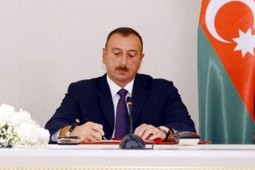 Ильхам Алиев подписал распоряжение о дополнительных мерах по капремонту дорог в Бинагадинском районе