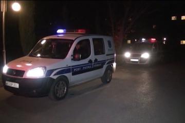 В Гяндже «ВАЗ» врезался в фонарный столб, водитель госпитализирован