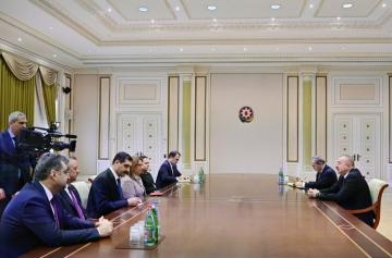 President Ilham Aliyev received delegation led by Turkish minister of trade