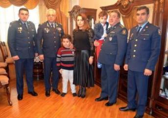 Медаль «За отвагу» вручена семье военного пилота Рашада Атакишиева