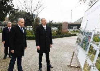 Ильхам Алиев ознакомился с работой по реконструкции еще одного парка в Баку