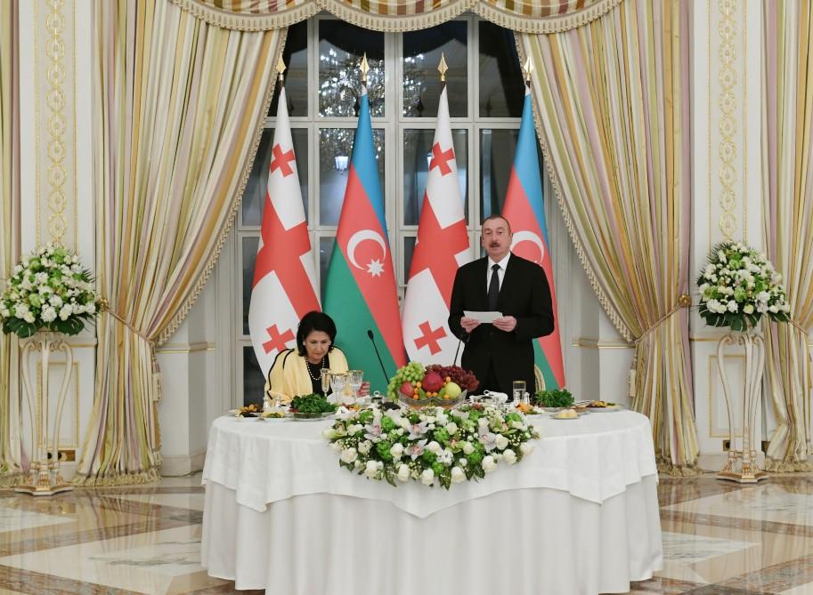 President Ilham Aliyev hosted official reception in honor of Georgian President Salome Zourabichvili