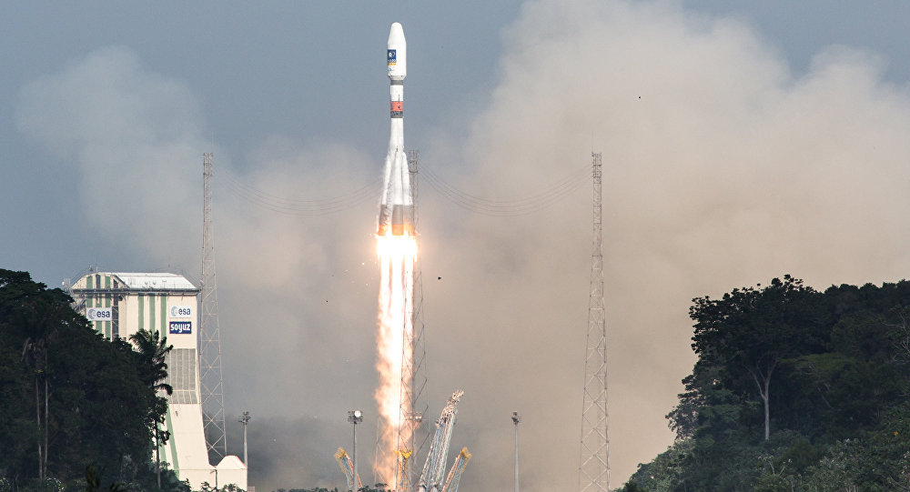 Russia Soyuz Rocket With 6 UK OneWeb Satellites Blast Off From Kourou Space Port