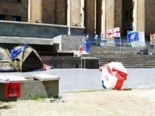 В Тбилиси продолжается акция протеста