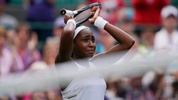 Wimbledon: Teen player upset tennis veteran Williams