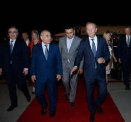 Президент Совета Европейского Союза Дональд Туск прибыл с визитом в Азербайджан