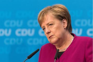 Merkelin səhhətində yenə problem yaranıb