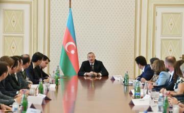 Azerbaijani President receives representatives of MEDEF member companies