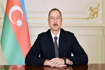 Azərbaycan Prezidenti Fransanın milli bayramı münasibətilə Emmanuel Makronu təbrik edib
