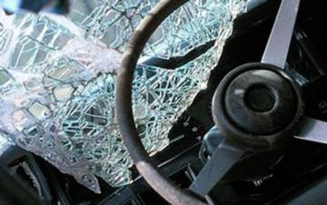 Traffic accident kills 2 family members in Sabirabad