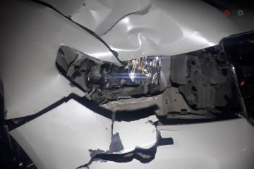 В Евлахе ВАЗ столкнулся с грузовиком: ранены 4 человека