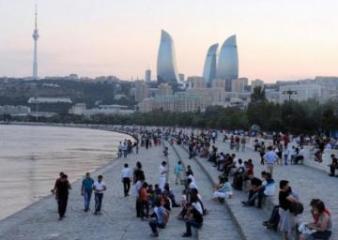 Azərbaycan əhalisinin sayı son bir ildə  0,3 faiz artıb