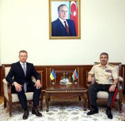 Defense Minister meets with new Ambassador of Ukraine to Azerbaijan