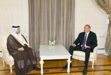 President Ilham Aliyev received Qatari municipality and environment minister
