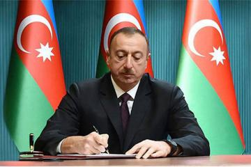 Azerbaijani President approved the law on establishment of commercial courts