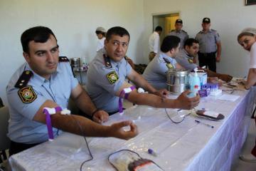 В Губе полицейские сдали кровь на донорской акции - [color=red]ФОТО[/color]