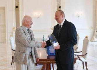 Президент Ильхам Алиев принял президента Европейских олимпийских комитетов