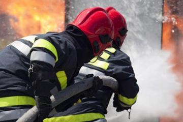 В Барде горит торговый объект