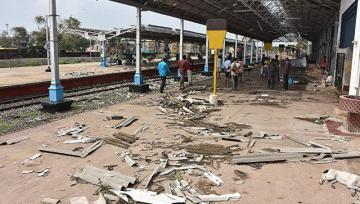 В Индии 32 человека погибли во время грозы