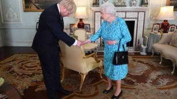 Boris Conson Britaniyanın Baş naziri vəzifəsinə başladı