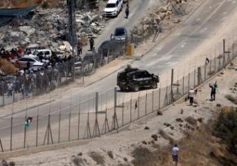 Israeli troops kill Palestinian at Gaza border protest: medics