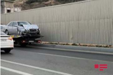 Bakıda ağır yol qəzası: bir nəfər ölüb, dörd nəfər yaralanıb - [color=red]FOTO[/color]