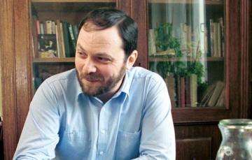 Məşhur jurnalist 59 yaşında vəfat etdi