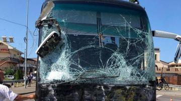 40 человек пострадали при ДТП с автобусом в Черногории