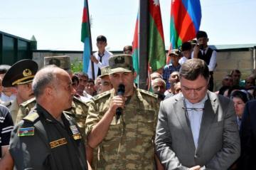Семье шехида Омарова вручили медаль