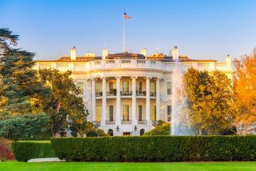 Белый дом подтвердил предложение Трампа Зеленскому посетить Вашингтон