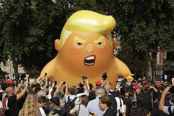 250 тыс. человек выйдут на улицы Лондона в знак протеста против визита Трампа