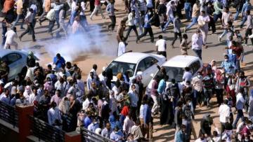 14 people dead as army breaks up sit-in in Sudan's capital