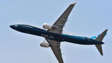 """AZAL-ın """"Boeing 737 MAX 8"""" təyyarələri üzrə müqaviləsinin icra vaxtı dəyişə bilər"""