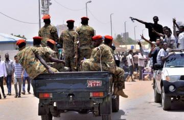 Sudan suspends flights at Khartoum airport