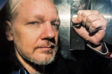 Swedish court rejects request to detain Assange in absentia over rape charges