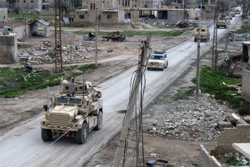 İŞİD terrorçuları Livanda hərbçilərə hücum edib, ölənlər var