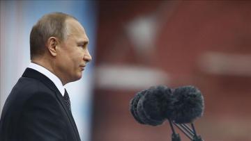 Putin: Russia not to build military base in Venezuela