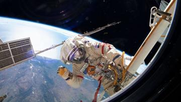 НАСА запускает программу частных пилотируемых полетов на МКС