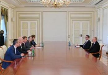 Президент Ильхам Алиев принял вице-президента Бундестага Германии