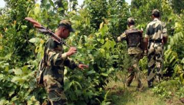 Maoist rebels kill five policemen in eastern India